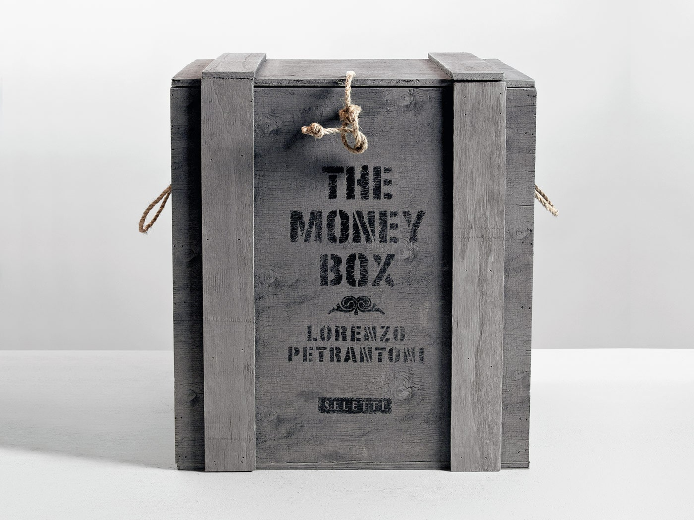 Badini Creative Studio - packaging - seletti - the money box